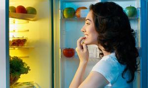 Постоянно хочется есть — причины и что делать?