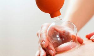 Как провести антицеллюлитный массаж банкой в домашних условиях?