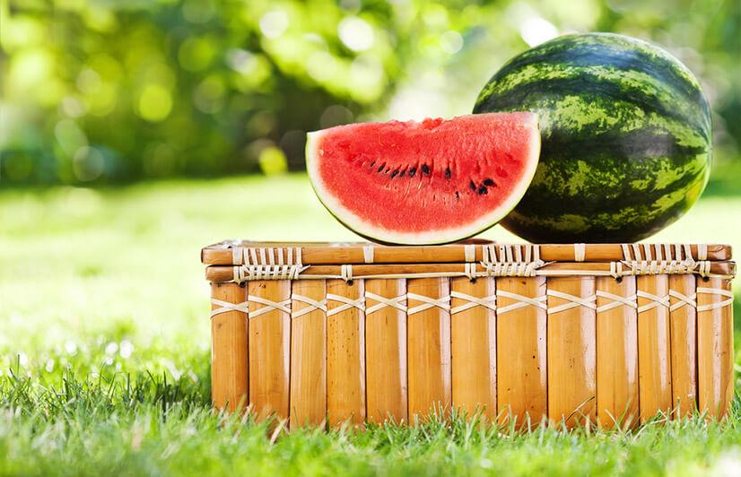 Арбуз - калорийность, содержание БЖУ и полезные свойства