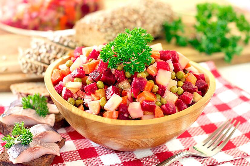 Винегрет с растительным маслом - калорийность и варианты приготовления